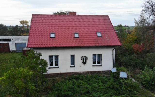 Dom Dzierzążno